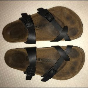 Black 'Mayari' Birkenstock sandals